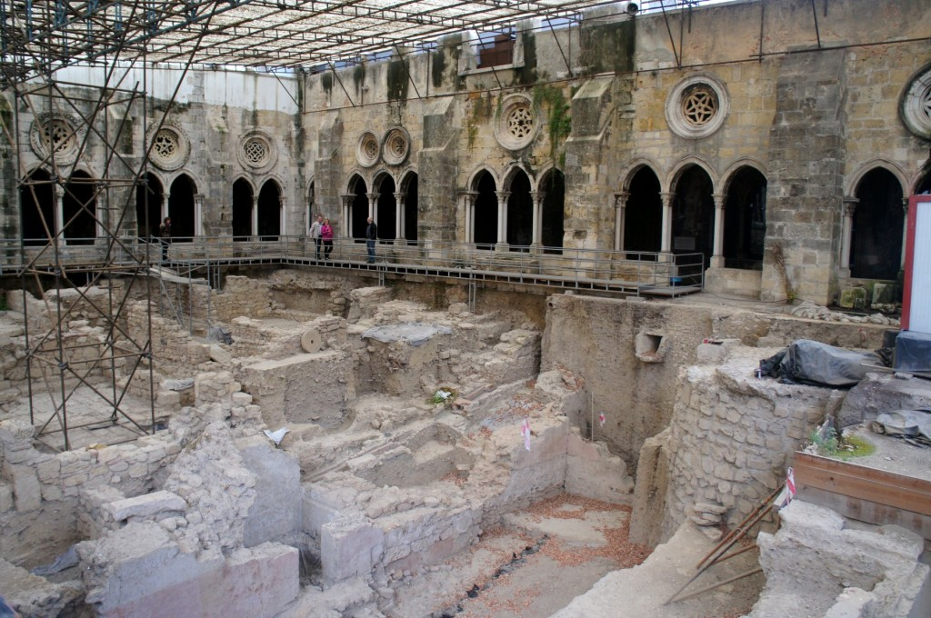 Roman remains underneath Lisbon Cathedral