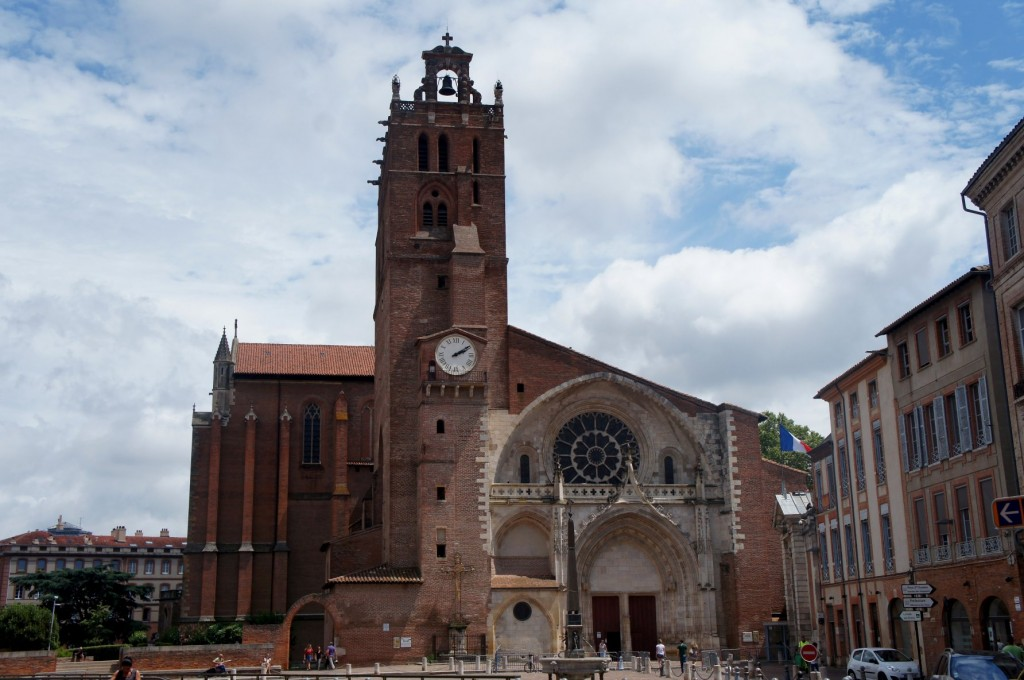 Brilliant exterior of the Cathedral of Toulouse .