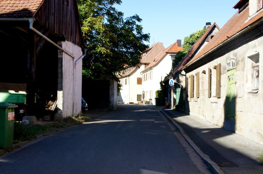 Atzelsberg main street.