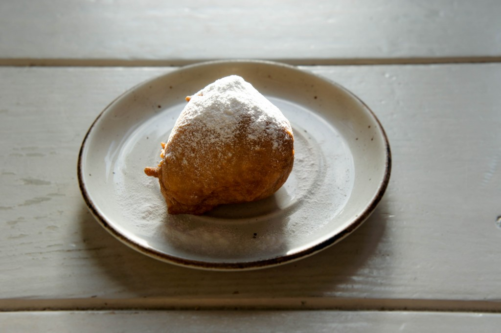 Oliebol! (And isn`t it great when you put it down for a picture and the floor plus light simply co-operate.)