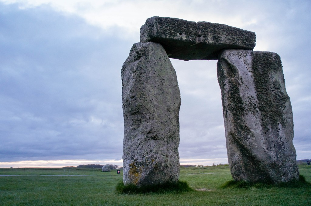 an analysis of stonehenge Swot analysis strengths stonehenge is an iconic, world famous monument it attracts people from all over the world so the monument almost markets itself.