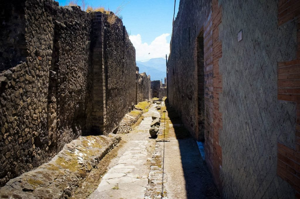 Little streets of Pompeii : )