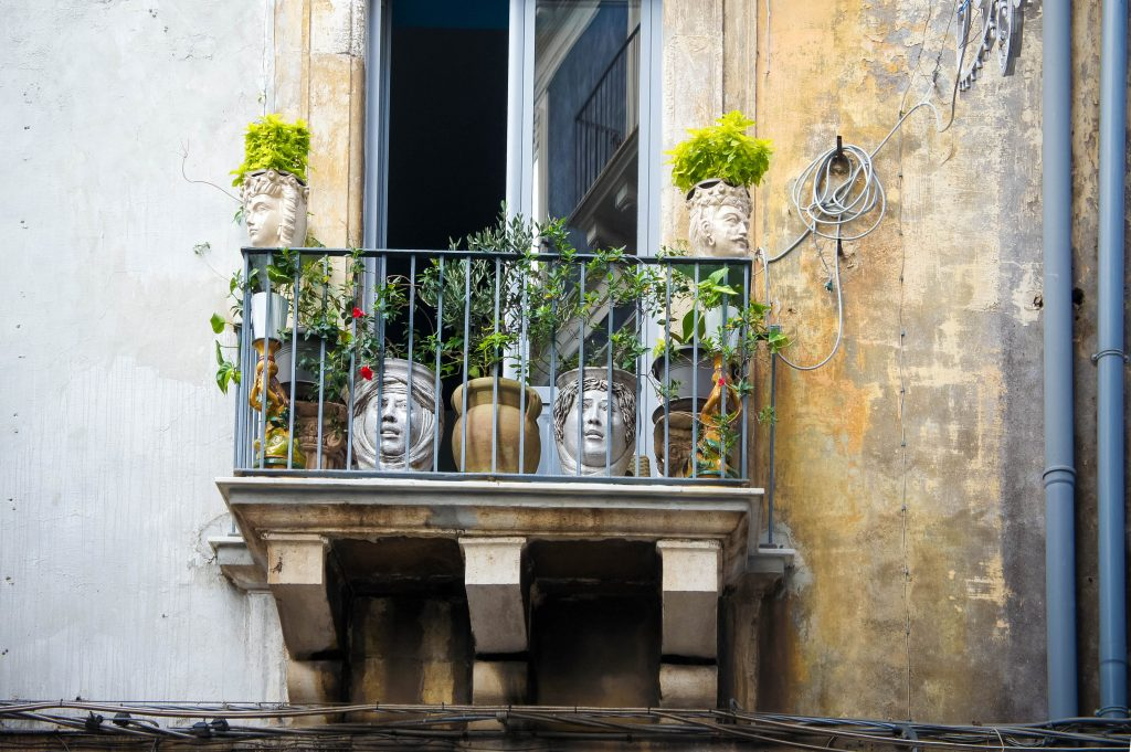 Also more Sicilian balconies!